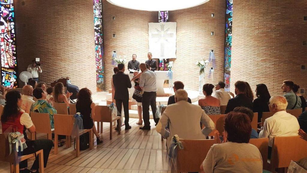 Церемония наречения имени в Церкви Саентологии Рима