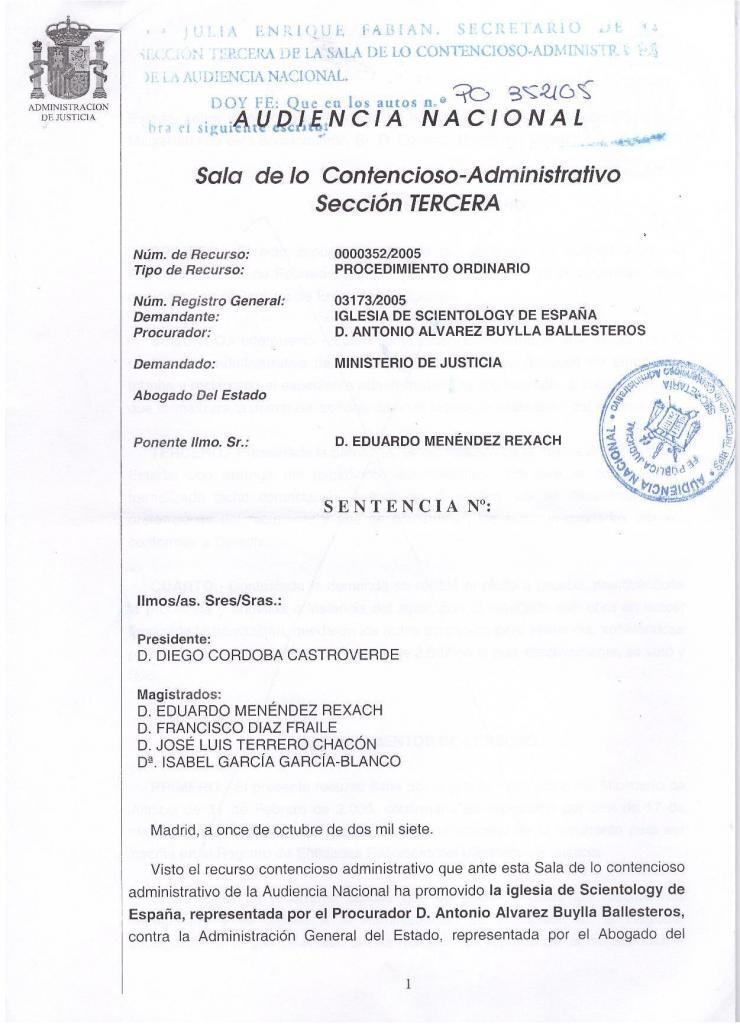 Первая страница решения административного суда суда Мадрида о необходимости зарегистрировать Церковь Саентологии Испании.
